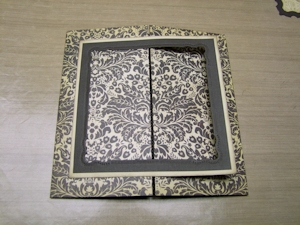 Réalisation carte scrapbooking Spellbinders Marvelous Square