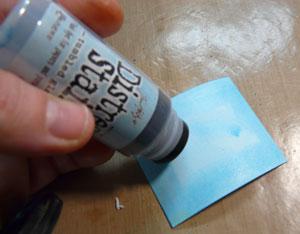 distress stain et papier blanc