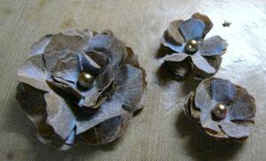 fleur avec kraft glassine de tim holtz