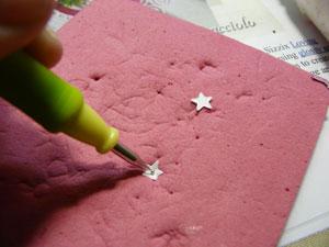 mini fleurs avec étoiles spellbinders
