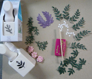montage feuilles et fleurs en scrapbooking