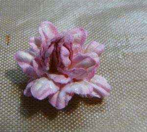création de fleurs en scrapbooking