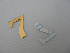 chiffre métallique avec métal précieux de Spellbinders