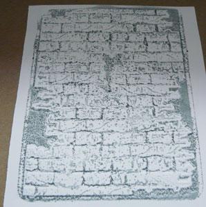 plaque embossage et distress ink