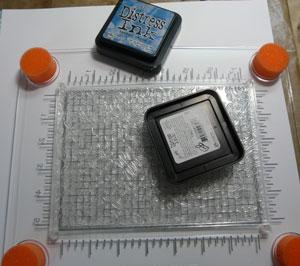 Easy Stamp Press de Fiskars et étampe de fond
