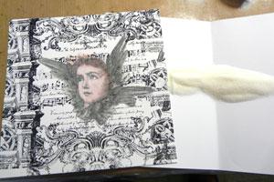 Embossage en scrapbooking avec crayon