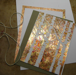 montage carte avec gilding flakes de Cosmic Shimmers