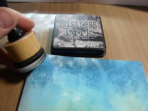 encrage avec encre Distress Black Soot