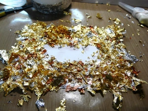 technique gilding flakes