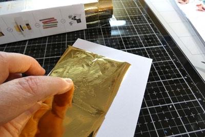 Ajoutez du foil avec l'adhésif Deco Foil